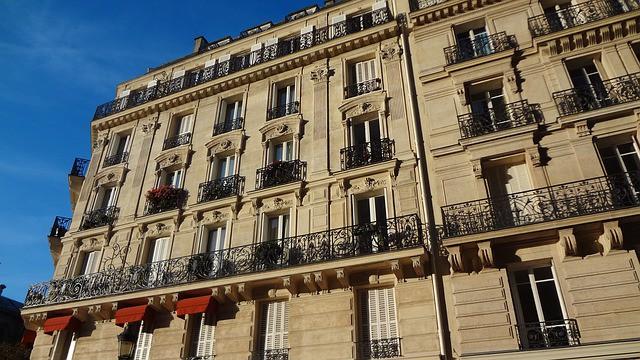 Les loyers augmentent (beaucoup) moins qu'avant à Paris