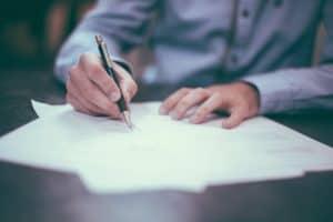 Que comprend le contrat-type ALUR?