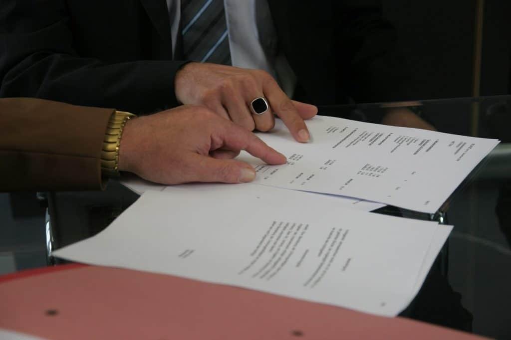 Qui peut réclamer des documents au syndic  de copropriété ?