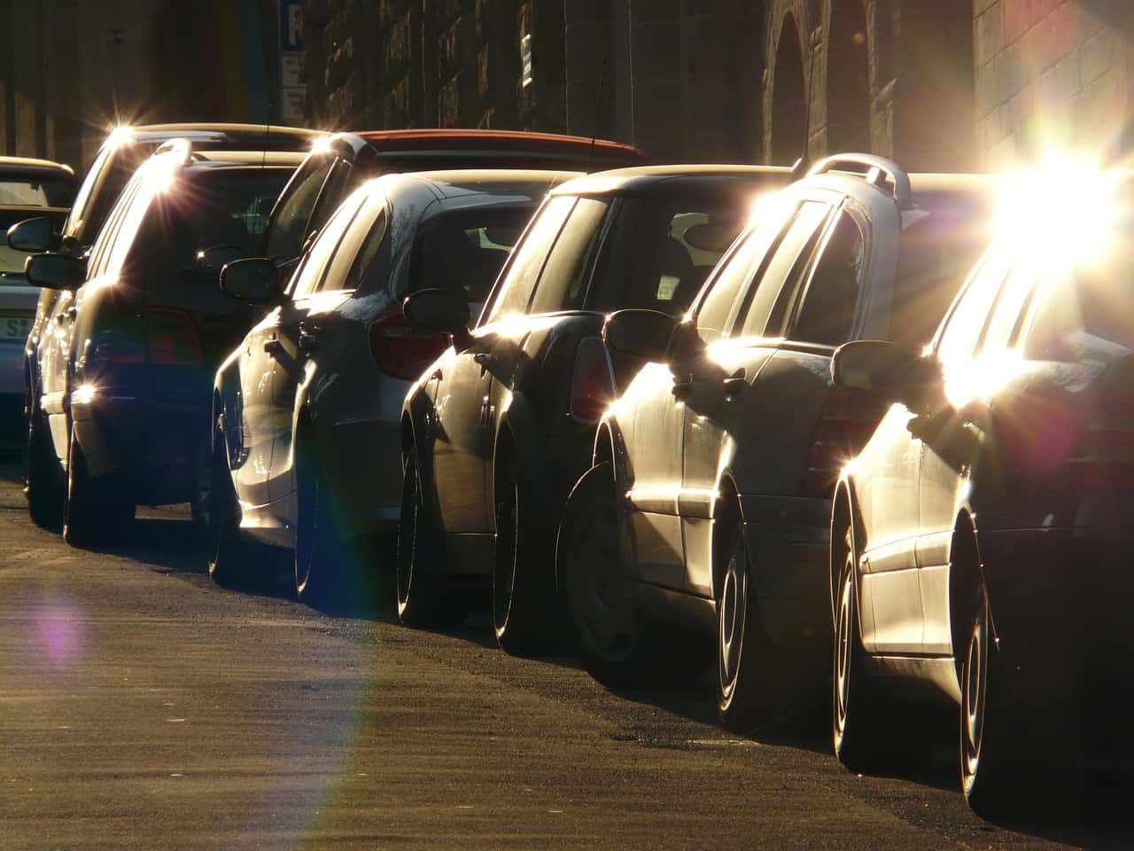 Une voiture est garée devant mon parking, est-ce que je peux appeler la fourrière ?