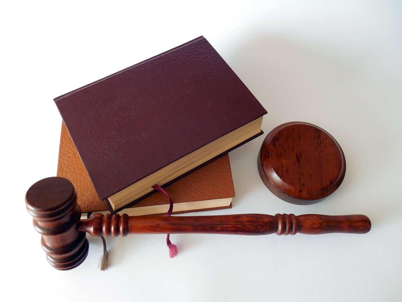 Désignation d'un administrateur provisoire en cas de copropriété dépourvue de syndic, sur le fondement de l'article 47 du décret de 1967 : la demande peut être présentée par anticipation