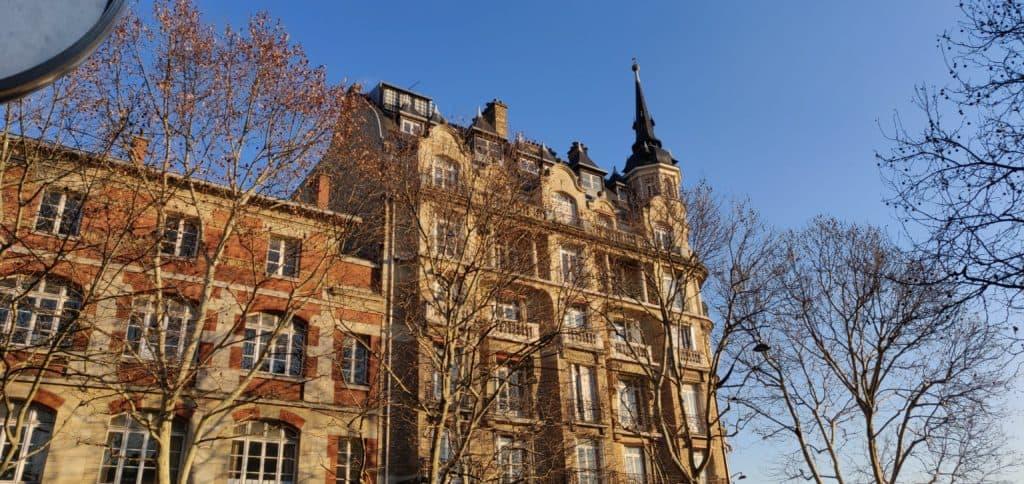 Loyers encadrés : 28 % des propriétaires revendraient leurs logements mis en location !