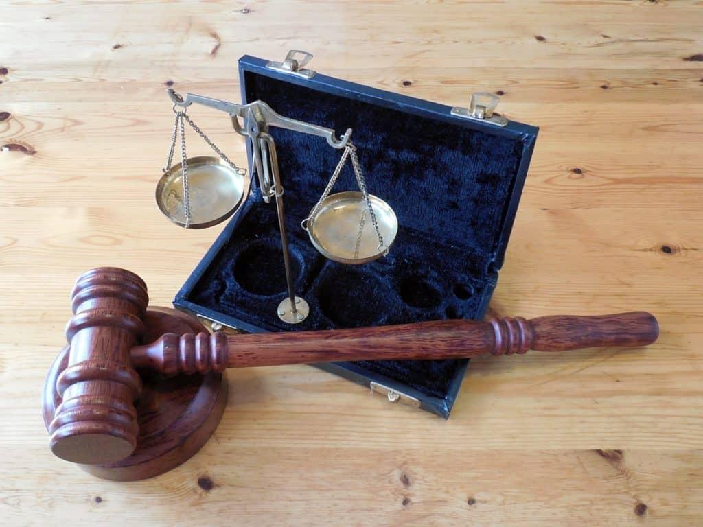« Faillite » de syndic de copropriété : la loi du 10 juillet 1965 écarte le droit des entreprises en difficulté