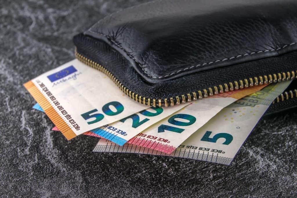Immobilier : 1 copropriétaire sur 2 juge excessive la rémunération des syndics