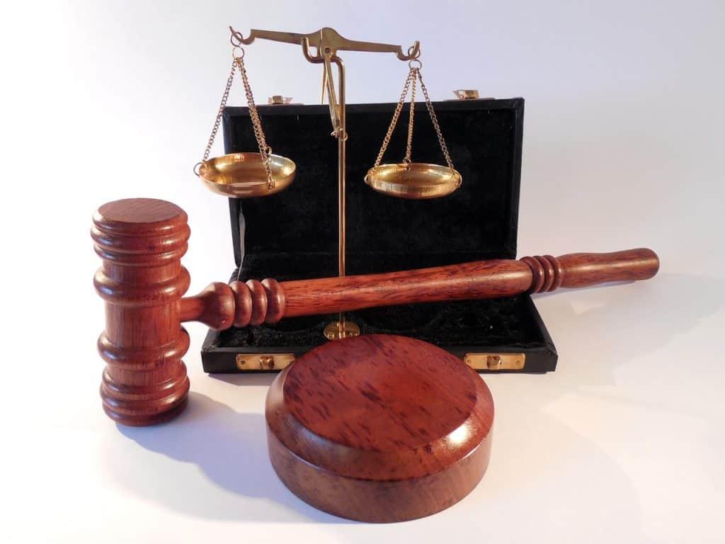 Dès que la justice vend un bien immobilier, l'ancien propriétaire doit quitter les lieux