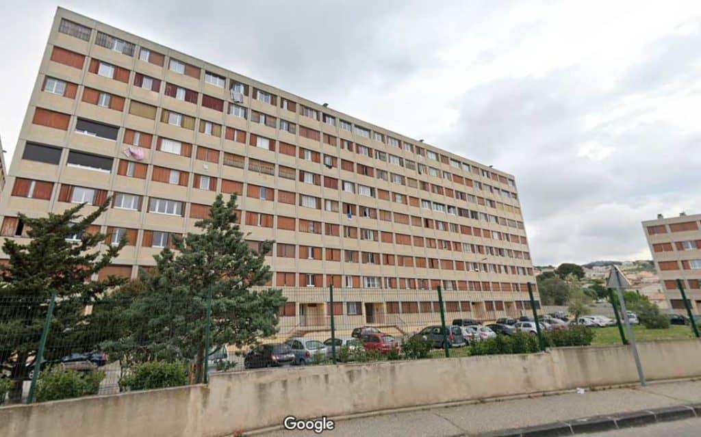 Les copropriétaires de la cité de la Granière à Marseille croulent sous les charges
