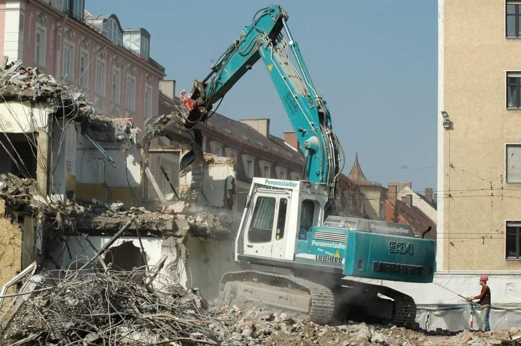 Marseille : une locataire d'un immeuble qui s'est effondré rue d'Aubagne réclame une indemnisation